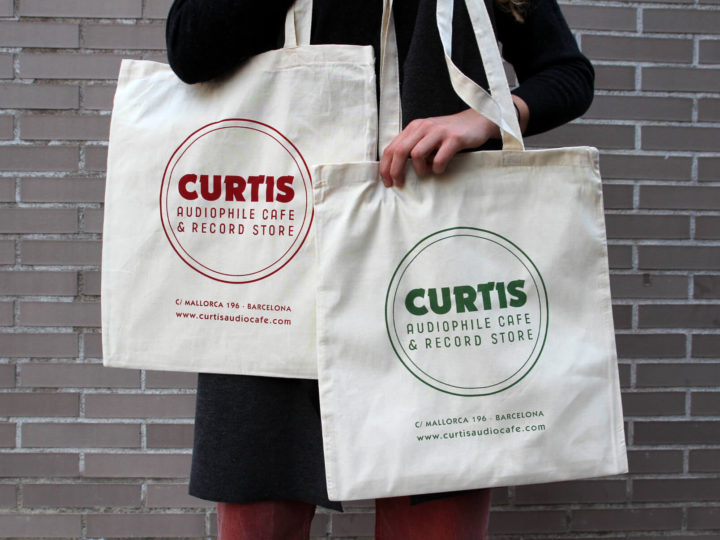 Handprinting Tote Bags for CURTIS AUDIOPHILE CAFE